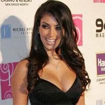 Kardashianet lansojnë linjë argjendarie F_021117