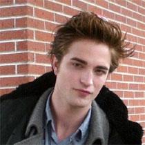 Pattinson 'alergjik' në organin femëror F_021510