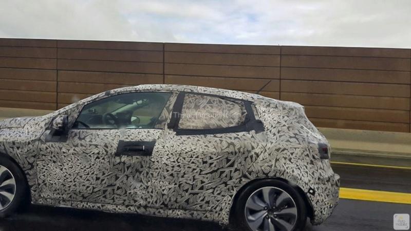 2019 - [Renault] Clio V (BJA) - Page 21 Scoop_10