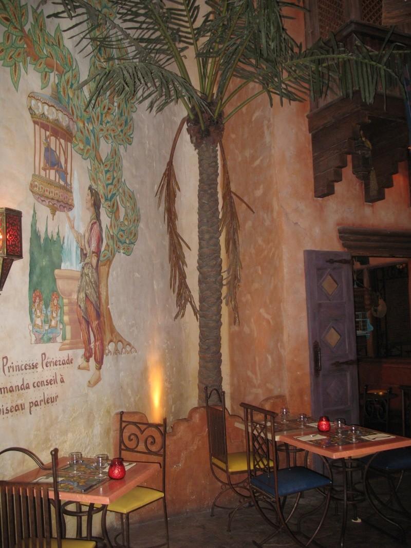 Agrabah Café Restaurant (carte p.26) - Page 3 Disney27