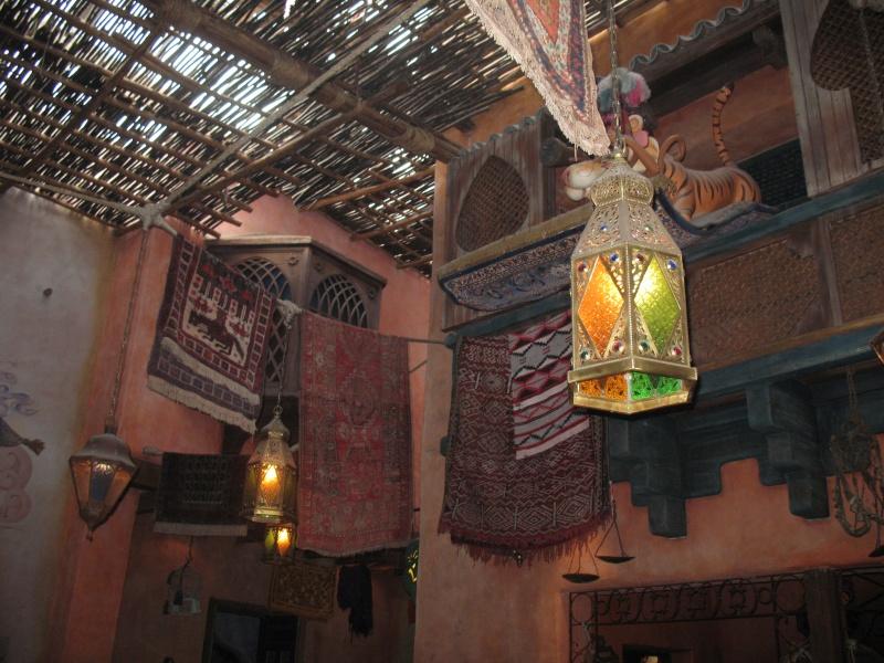 Agrabah Café Restaurant (carte p.26) - Page 3 Disney29