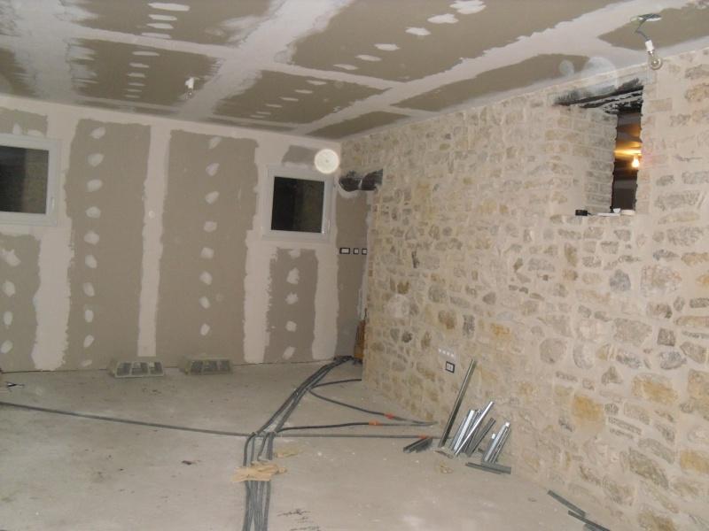 Renovation maison de village en pierre Sdc11621