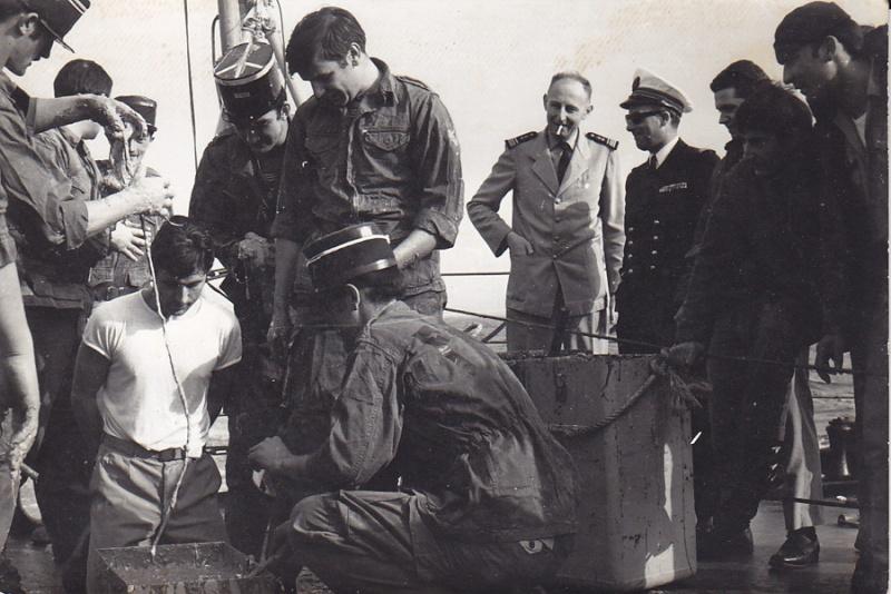 [Les traditions dans la Marine] Passage du cercle polaire (Sujet unique) - Page 3 Ligne110