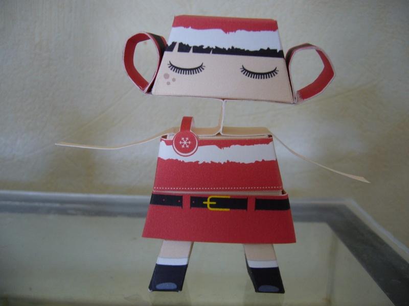 Paper craft ou Papertoys-Déco de bureau P1060412