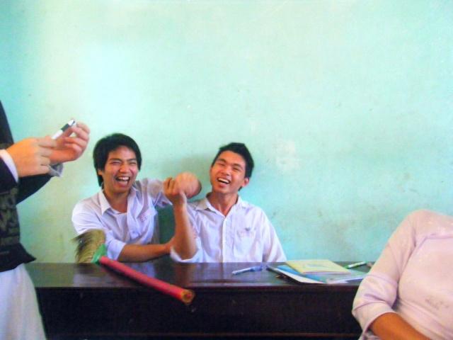 """Pic """"giờ học trong lớp"""" part 2 Dscf0517"""