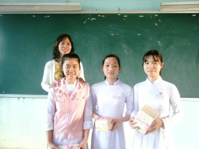 """Pic """"giờ học trong lớp"""" part 3 Dscf0529"""