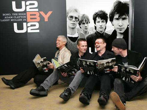 Rapporti all'interno della band - Pagina 9 Bono_u10