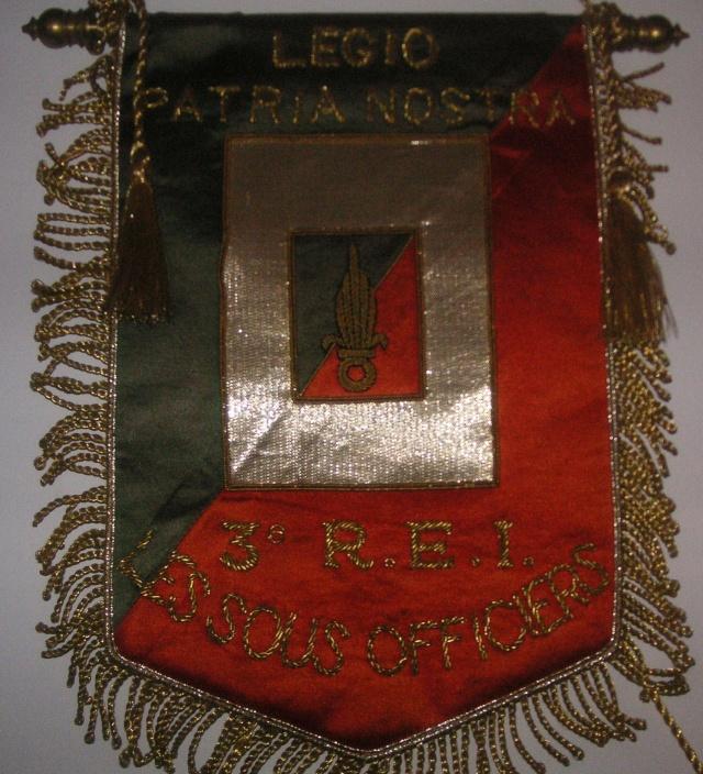 Ma collection sur les fanions légion Tome III 04210