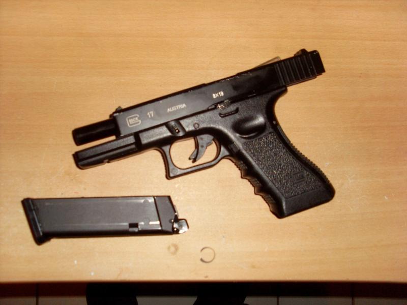 VENDU Glock17 culasse métal avec chargeur Marui Sl386210