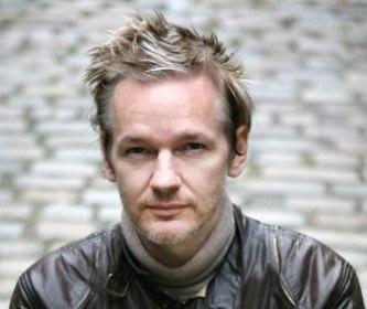 Julian Assange: A Internet é uma máquina de espionagem Julian10