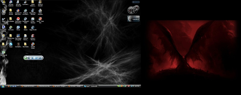 What does your desktop look like? Deskto12