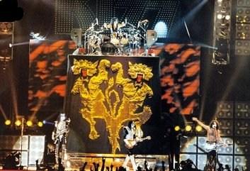Alive  Worldwide  1996/1997 96h10
