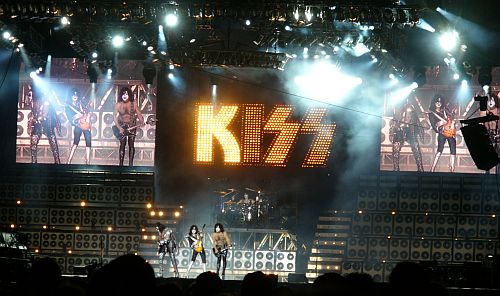 Alive 35 tour Kiss_g10
