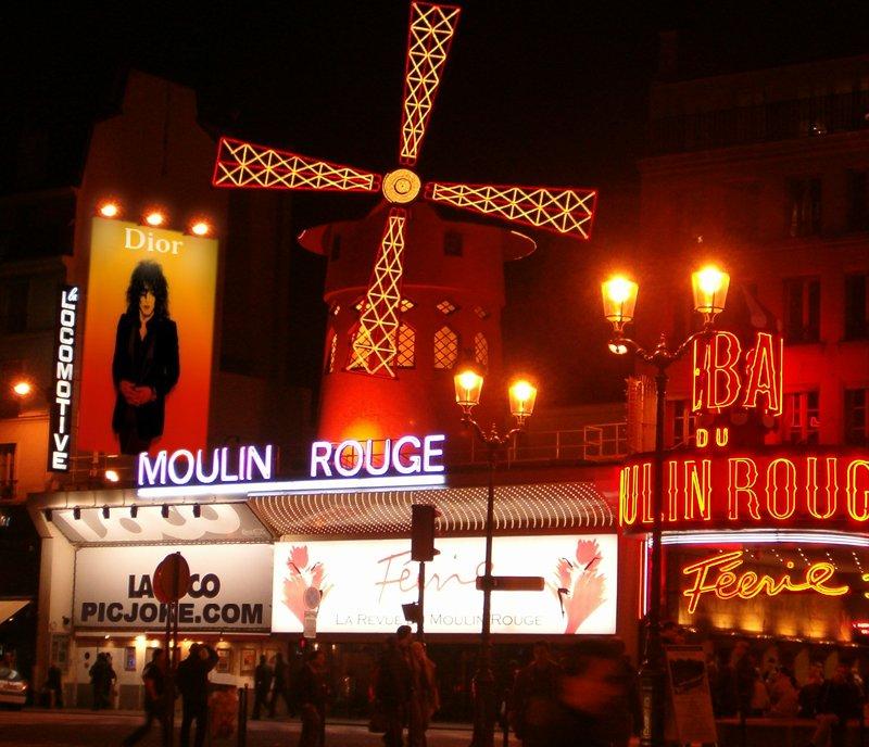 KISS  CITY Moulin10