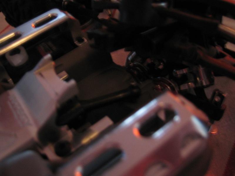 E-revo Cedleonr Photo/video modifs du 7/06 Chassis Carbon Img_3023