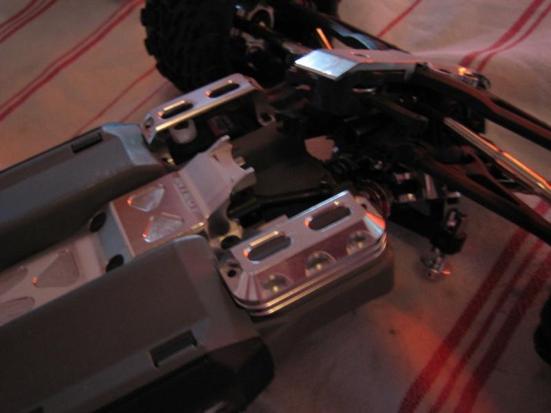 E-revo Cedleonr Photo/video modifs du 7/06 Chassis Carbon Img_3024