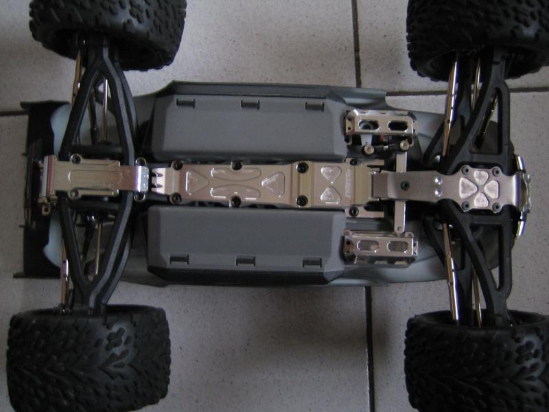 E-revo Cedleonr Photo/video modifs du 7/06 Chassis Carbon Img_3029