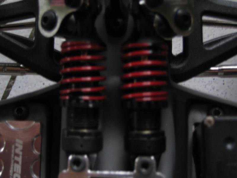 E-revo Cedleonr Photo/video modifs du 7/06 Chassis Carbon Img_3031