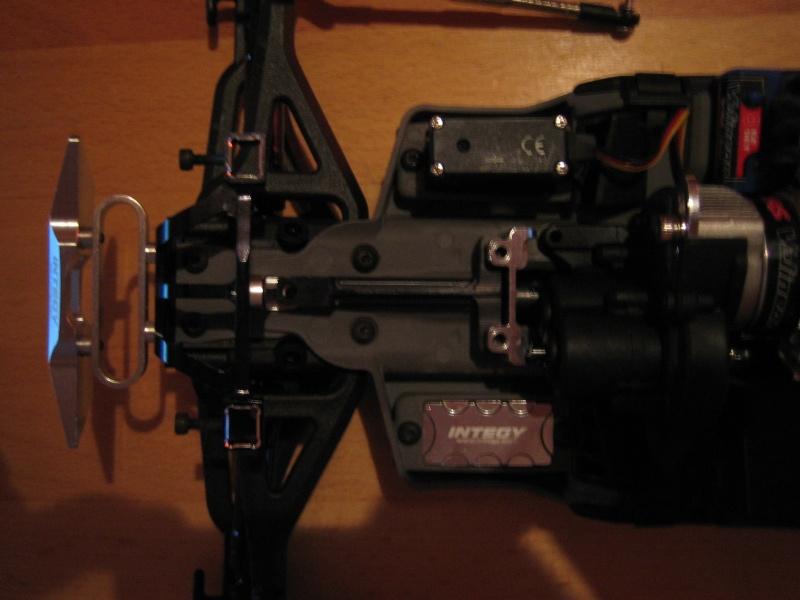 E-revo Cedleonr Photo/video modifs du 7/06 Chassis Carbon - Page 3 Img_3160