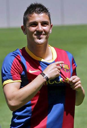 Zyrtare : David Villa transferi i pare per barcelonen per 2010/2011 Dvilla11