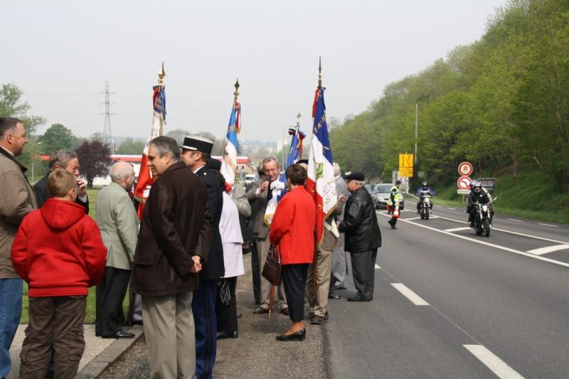 Cérémonie commémorative du 65e anniversaire de la victoire du 8 mai 1945 Img_8416