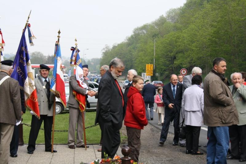 Cérémonie commémorative du 65e anniversaire de la victoire du 8 mai 1945 Img_8421