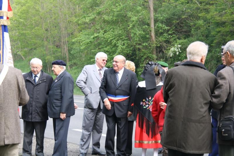 Cérémonie commémorative du 65e anniversaire de la victoire du 8 mai 1945 Img_8430