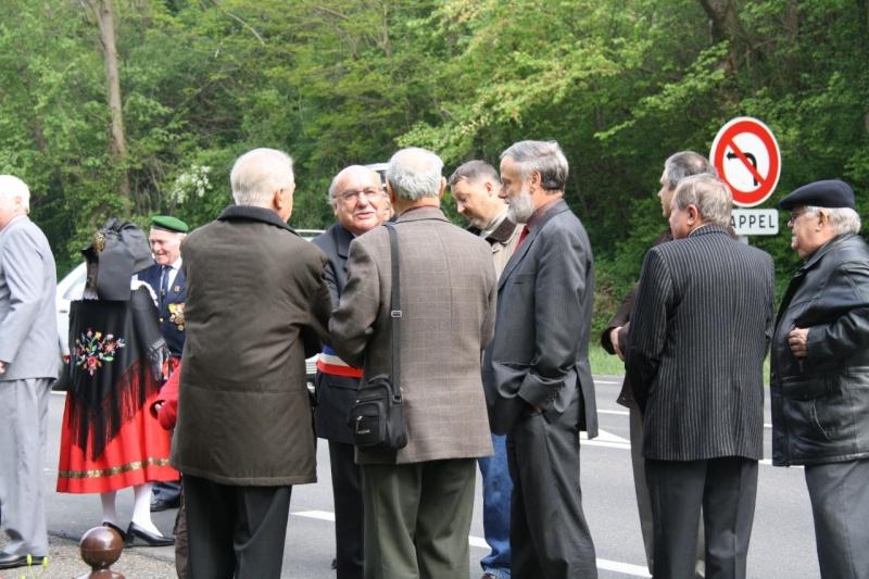 Cérémonie commémorative du 65e anniversaire de la victoire du 8 mai 1945 Img_8432