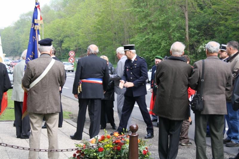 Cérémonie commémorative du 65e anniversaire de la victoire du 8 mai 1945 Img_8435