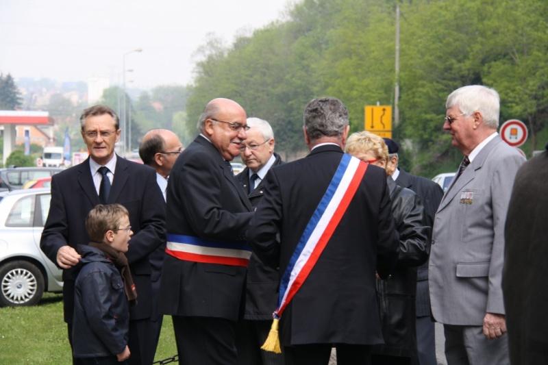 Cérémonie commémorative du 65e anniversaire de la victoire du 8 mai 1945 Img_8510