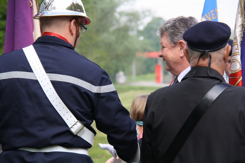 Cérémonie commémorative du 65e anniversaire de la victoire du 8 mai 1945 Img_8514