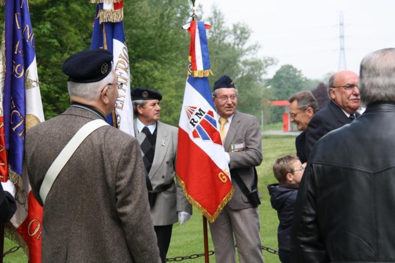 Cérémonie commémorative du 65e anniversaire de la victoire du 8 mai 1945 Img_8515