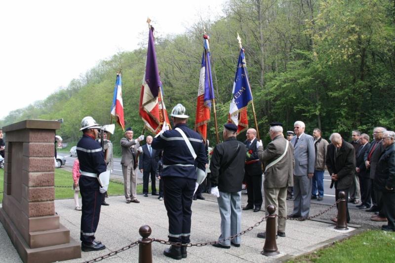 Cérémonie commémorative du 65e anniversaire de la victoire du 8 mai 1945 Img_8516