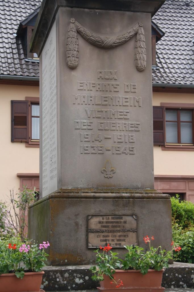 Cérémonie commémorative du 65e anniversaire de la victoire du 8 mai 1945 Img_8551