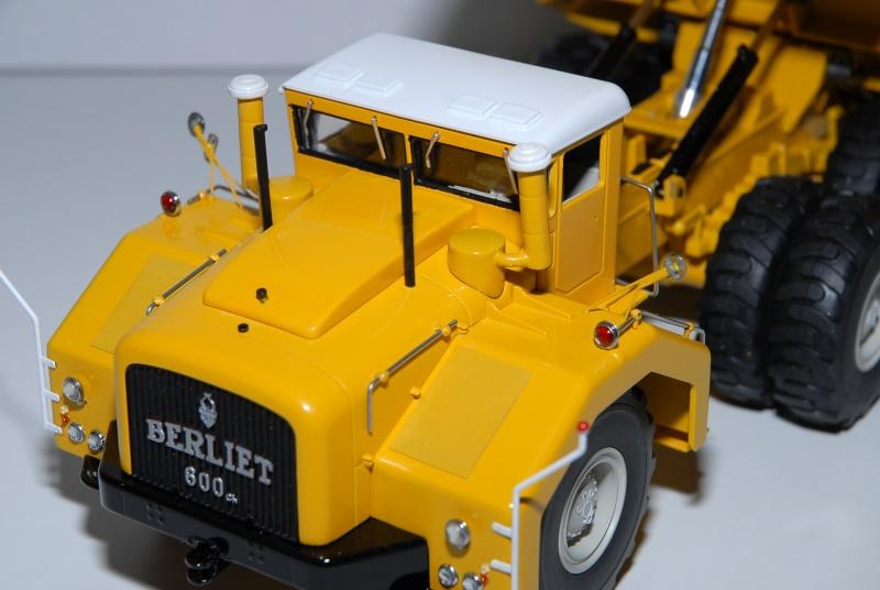 Le Berliet T 100 benne jaune, sur base Norev  1/43. Ppm_0088