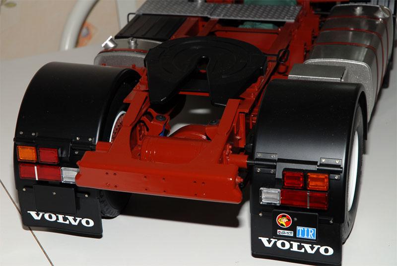 VOLVO F16 Globetrotter et ATLAS TR500S. Echelle 1/8° Ppm_0151