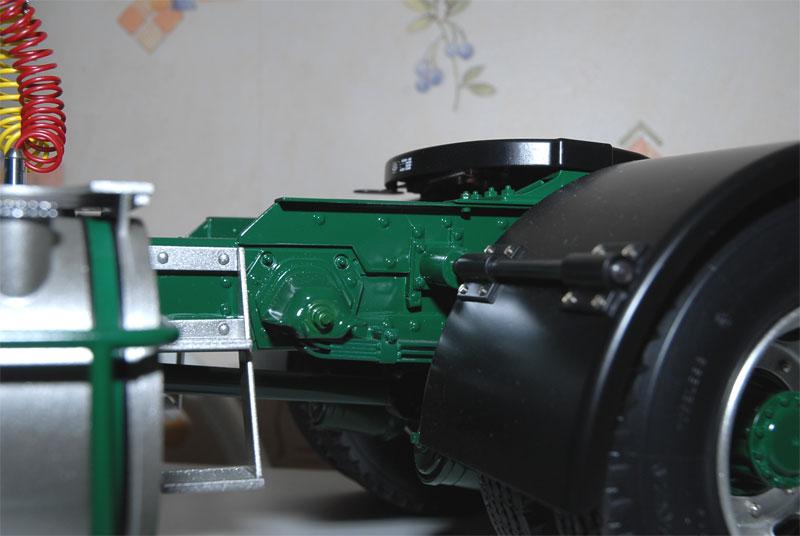 VOLVO F16 Globetrotter et ATLAS TR500S. Echelle 1/8° Ppm_0160