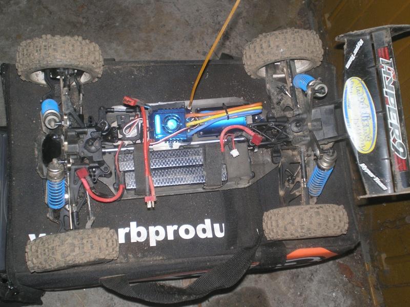 hyper 9 convertie en brushless P1010011
