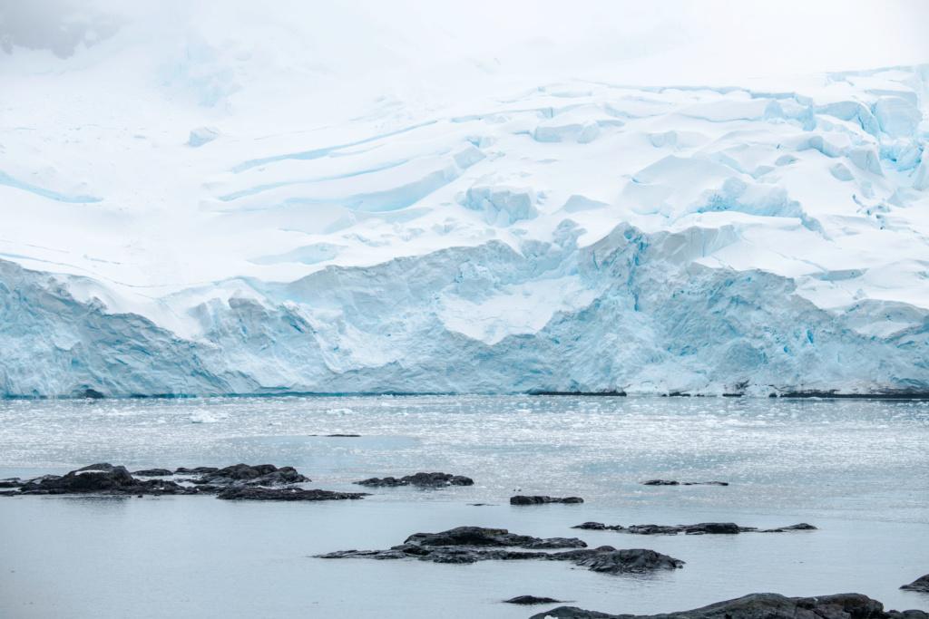 Antarctique - Page 3 N-200817