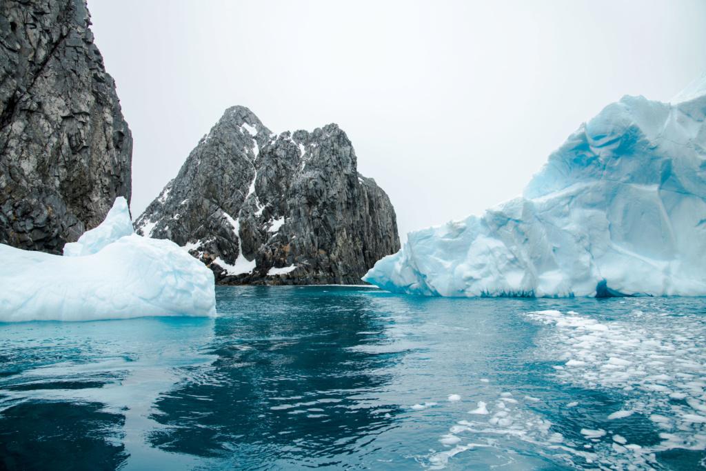 Antarctique - Page 3 N-200913