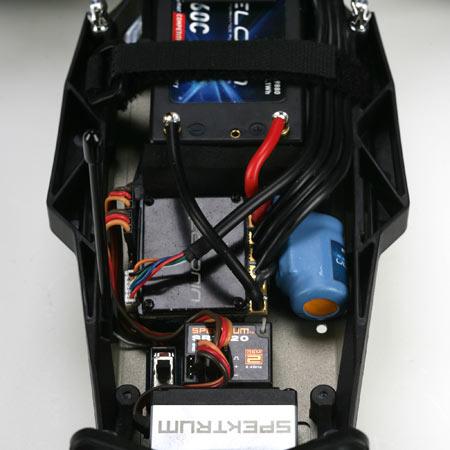 Les accus idéaux pour le losi 22 Mais aussi pour tout pilote volulant jouer sur le centre de gravité de sa voiture. Xlosb914