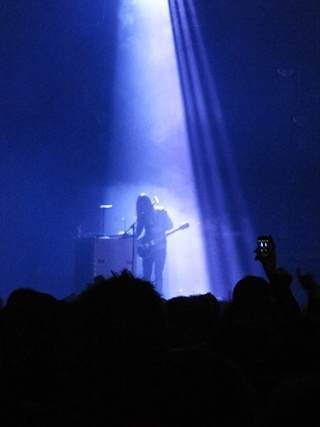 [HURRICANE TOUR] NewCastle -27.11.10 - Page 2 Img_1011