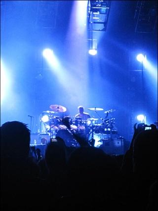 [HURRICANE TOUR] NewCastle -27.11.10 - Page 2 Img_1012