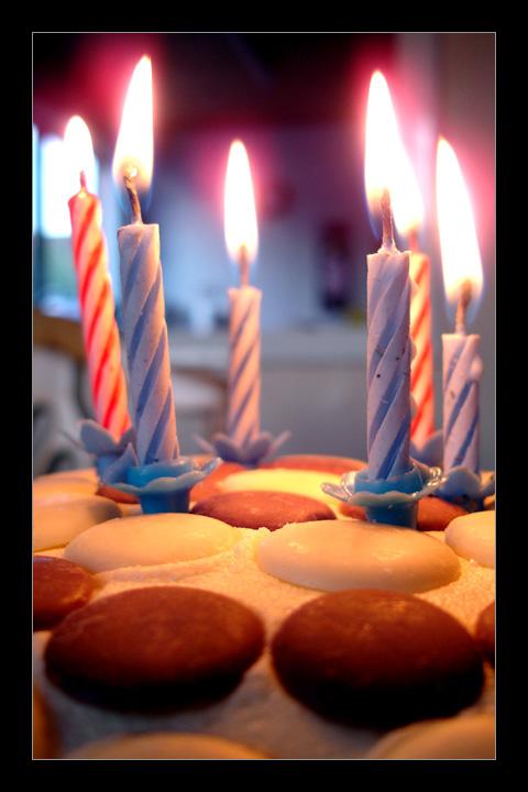 Buon Compleanno Kloklo Cake_b10