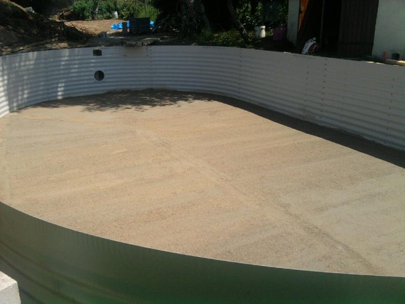 contruction de ma piscine Olivia ( 11m/5,95) avec fond plat Photo013