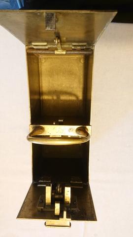 distributeur de tabac à pipe. Dsc_0219