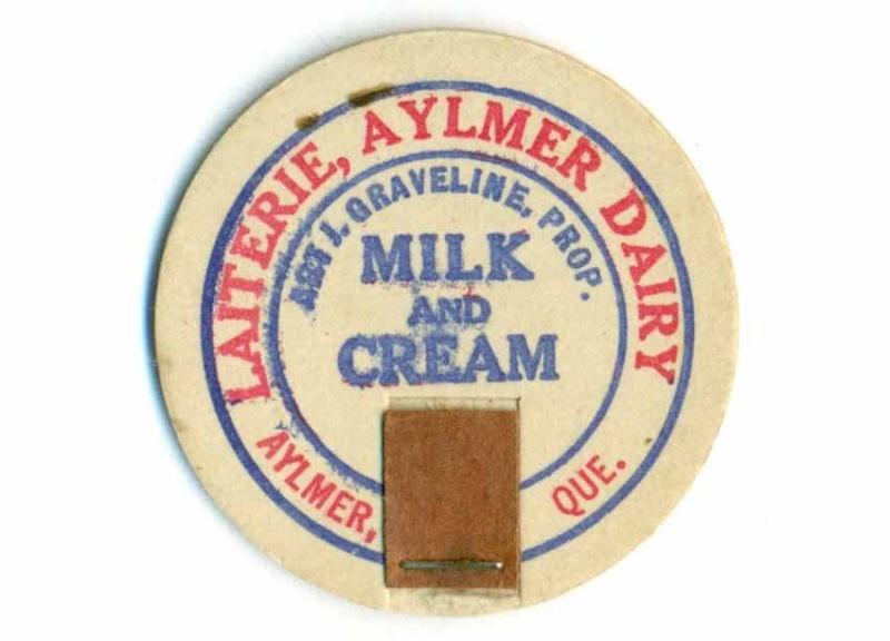 Bouchons de lait de Buckingham et Aylmer, Québec. Laiter10