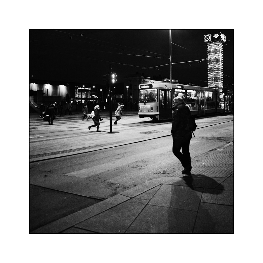 Vision nocturne III / le tramway Night_12