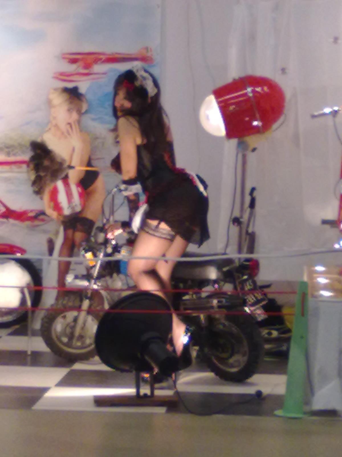 Salon moto Légende 19-21 Novembre 2010 19112013