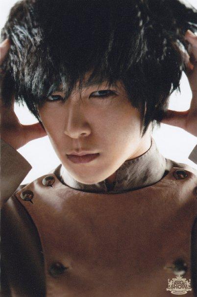 Joyeux anniversaire à Dongseng Chi-chan!!!!!!!!!!!!! Top-to10